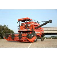Combine Harvester Manufacturer and distributors in Punjab